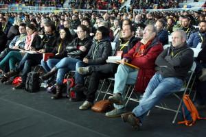 L'assemblea cupaire reunida altre cop, prenent un camí perillós